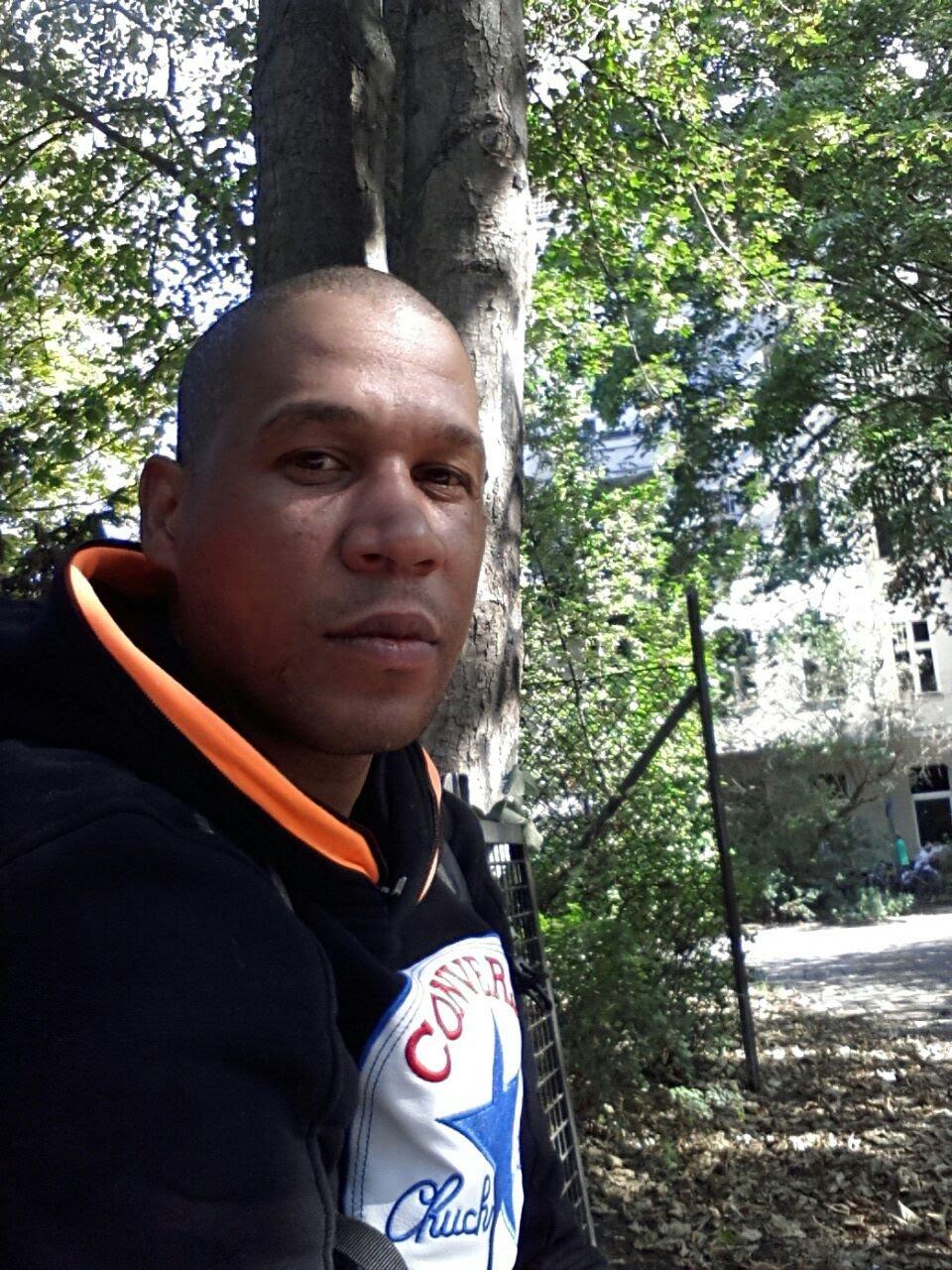 Munguenga78  aus Berlin,Deutschland